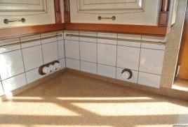 Сколько розеток должно быть на кухне и почему накладной монтаж лучше встроенного в этом плане.